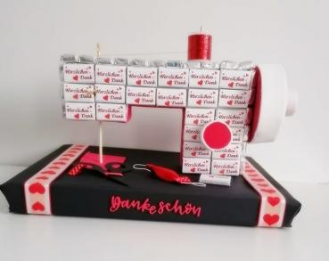 Schokoladen Tafeln Nähmaschine ein kleines Dankeschön für eine Schneiderin